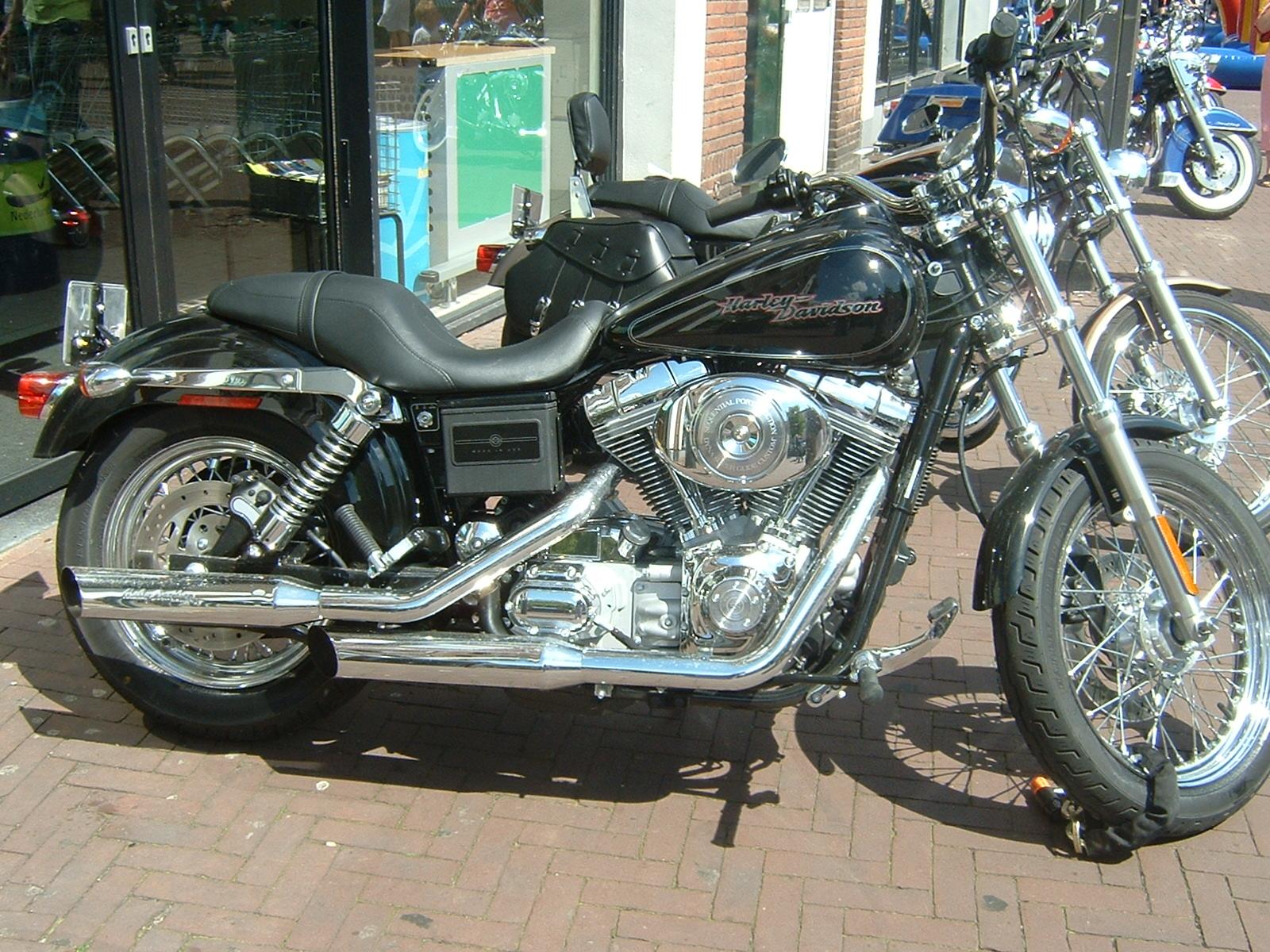 File Harley Davidson 18 Jpg Wikimedia Commons