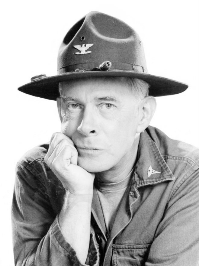 File Harry Morgan Mash 1975 Jpg Wikimedia Commons
