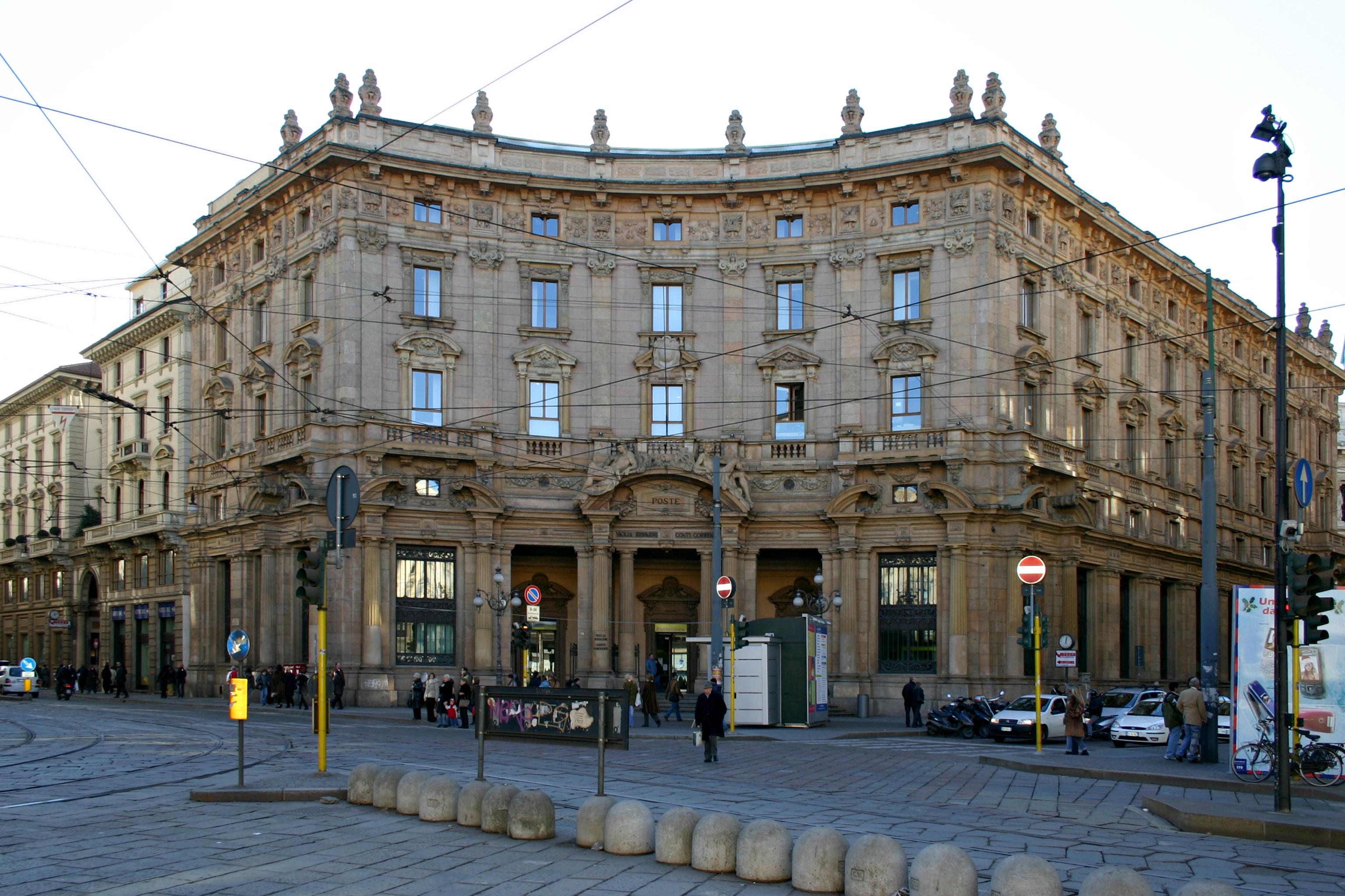 """MILANO Palazzo delle Poste Piazza Cordusio """""""