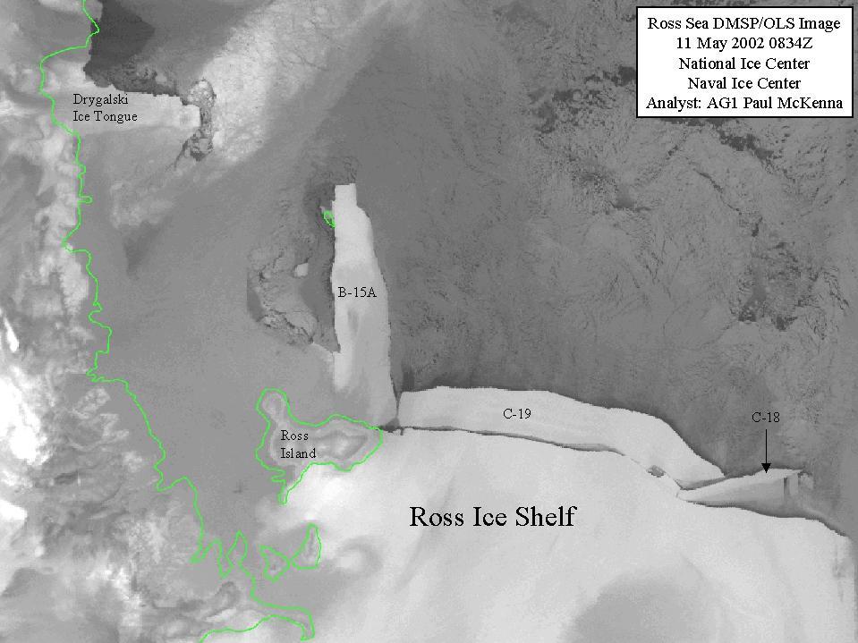 Iceberg C-19, separándose de la Barrera de hielo de Ross, el 11 de mayo de 2002. Imagen: image:DMSP (https://en.wikipedia.org/wiki/Defense_Meteorological_Satellite_Program) (Defense Meteorological Satellite Program.
