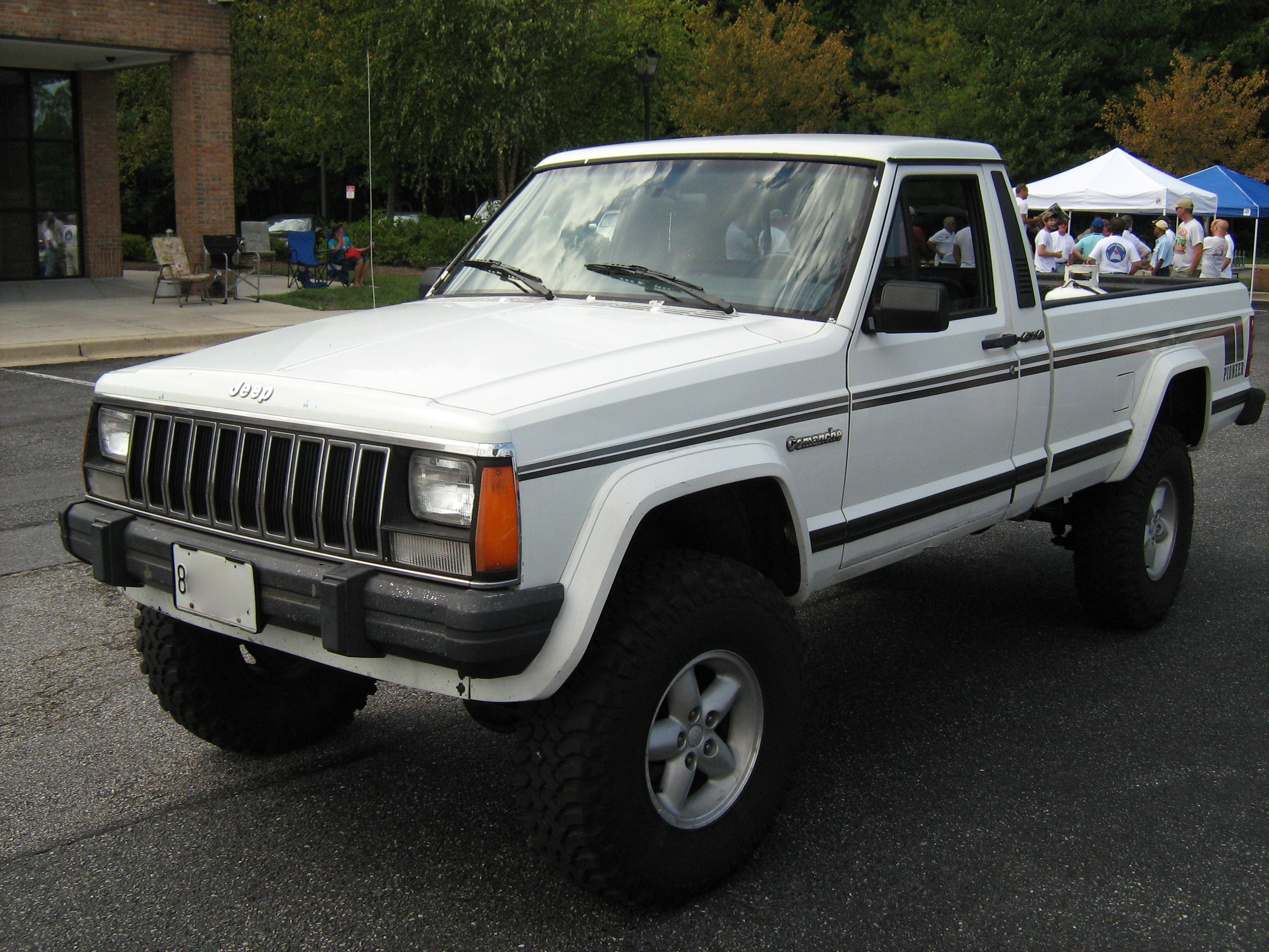 Jeep Comanche Paint Job