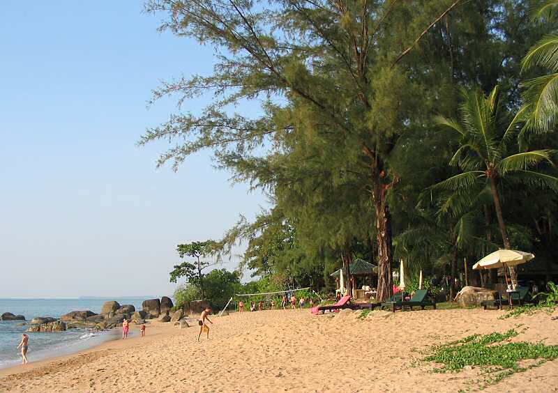 Phuket Island before the 2004 tsunami hit, wiping out much of the ...