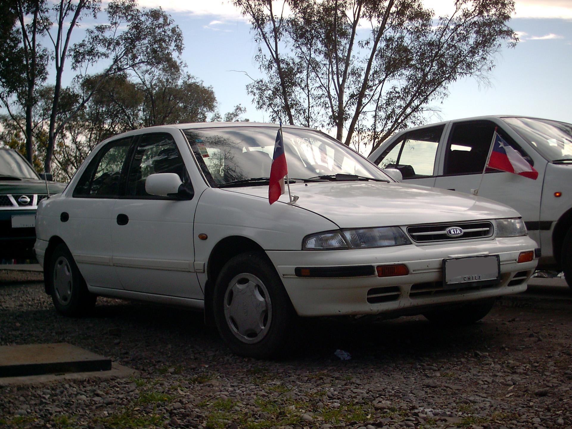 1995 kia sephia gs 1995 5 sedan 1 6l manual rh carspecs us 1998 Kia Sephia 2000 Kia Sephia