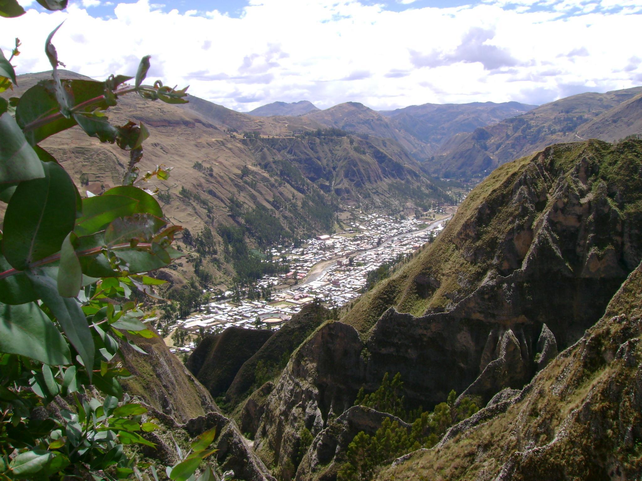 Peru - Page 2 La_Uni%C3%B3n-Dos_de_Mayo-Hu%C3%A1nuco-Per%C3%BA