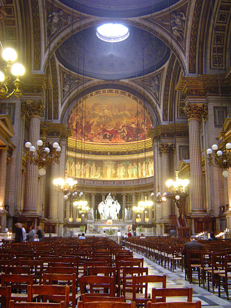 http://upload.wikimedia.org/wikipedia/commons/b/b7/La_madeleine_paris_interior.jpg