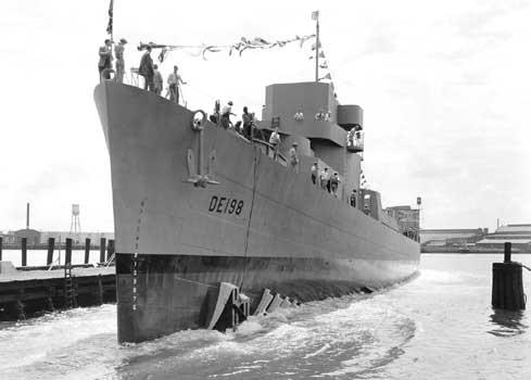 USS Lovelace (DE-198)