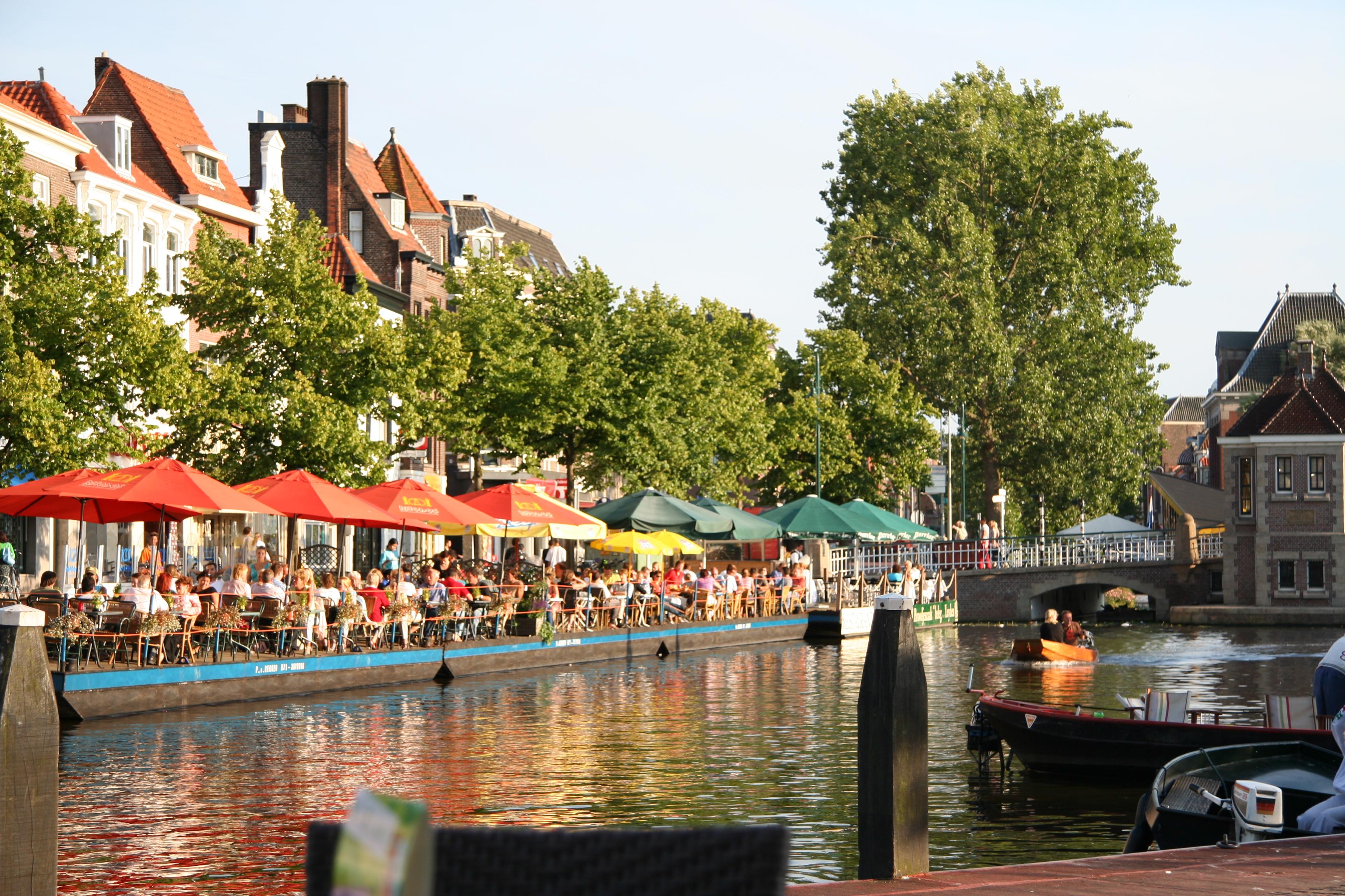 File:Leiden Turfmarkt.jpg - Wikimedia Commons