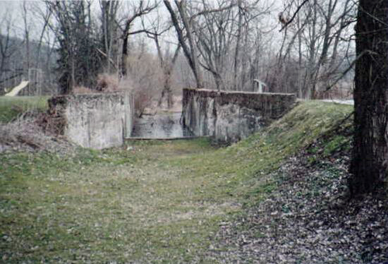 File:Lock 27 Johnny Cake Lock.jpg
