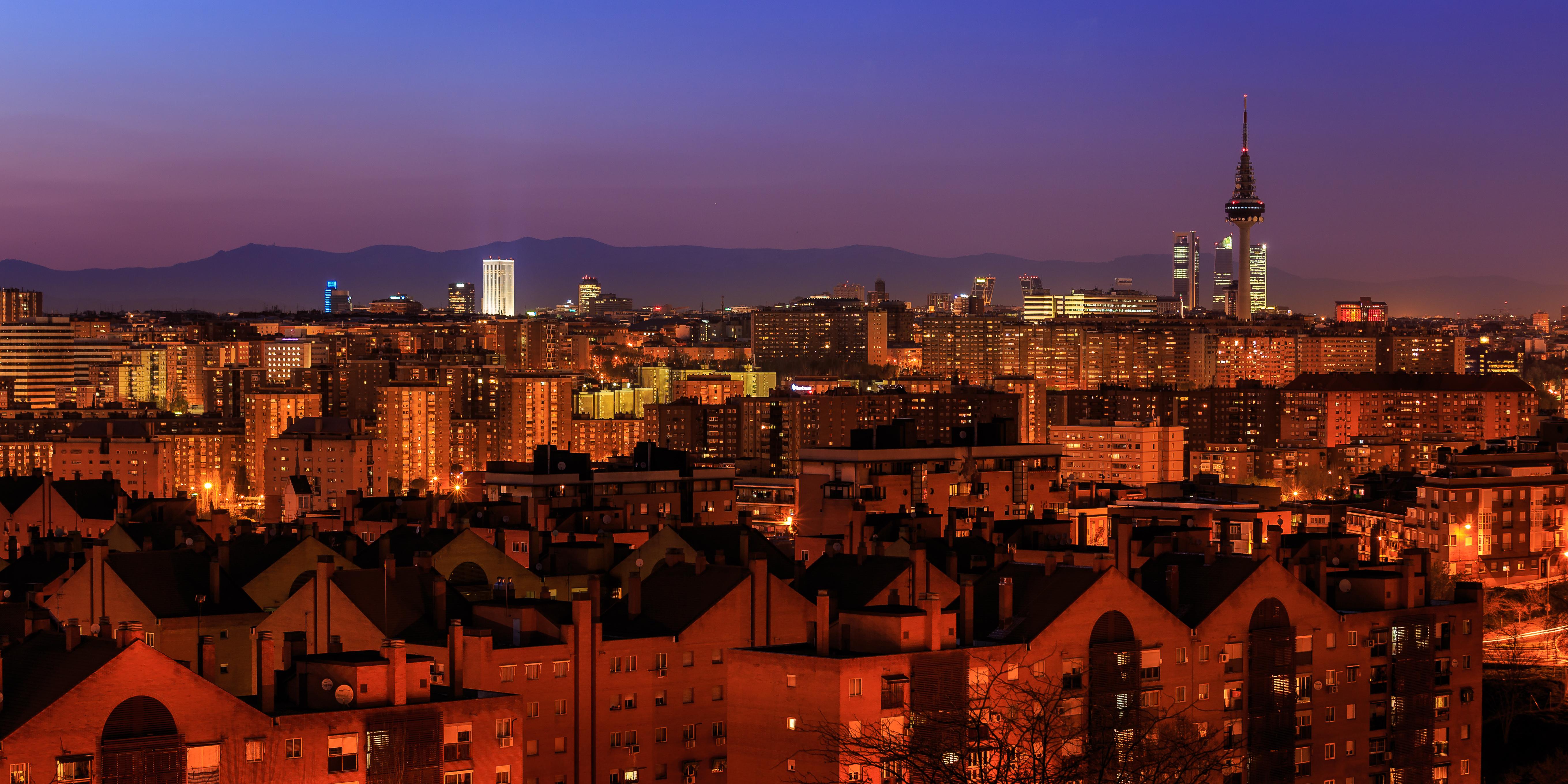 File Madrid Madrid Skyline 140314 195825 Jpg Wikimedia Commons