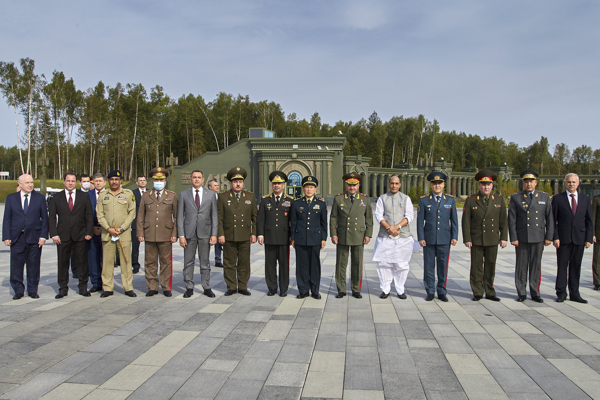File:Main Cathedral CSTO Summit 02.jpg - Wikimedia Commons