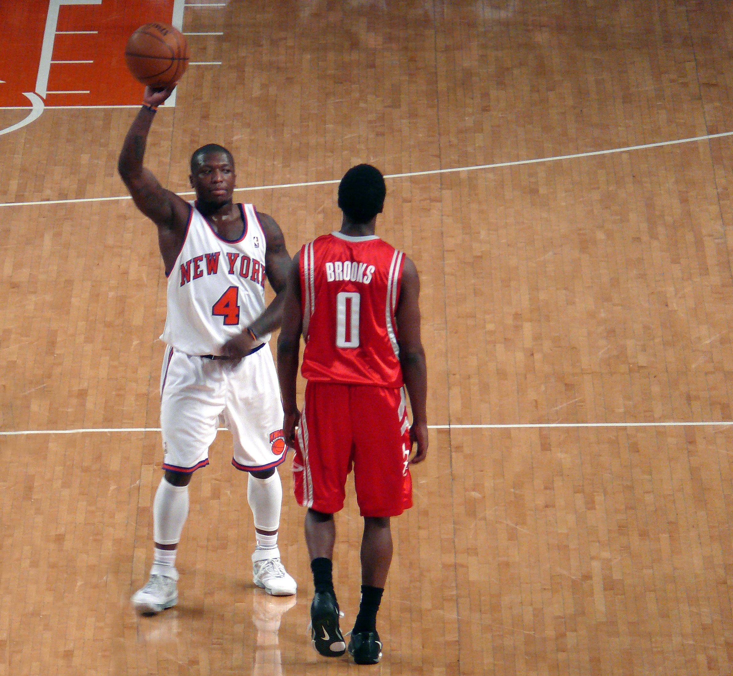 on sale aec50 1d64f File:Nate Robinson Aaron Brooks Rockets v Knicks.jpg ...