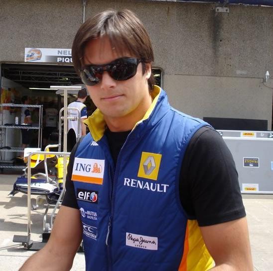 Nelson Piquet Jr. komt in 2008 als debutant binnen bij het Renault F1 Team.