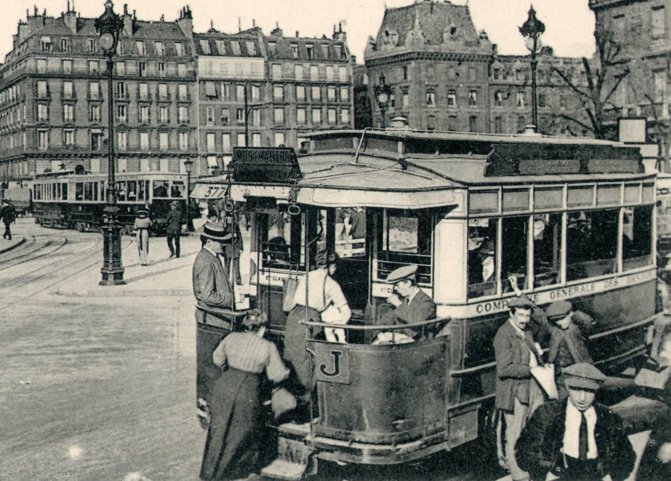 Bus St Lazare Hotel De Ville