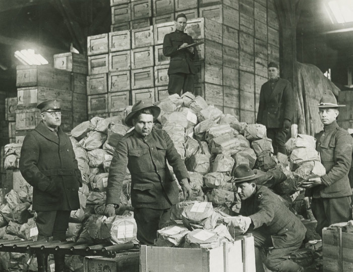 Packing matzo for shipment to troops, 1917-1919 (4863974678).jpg