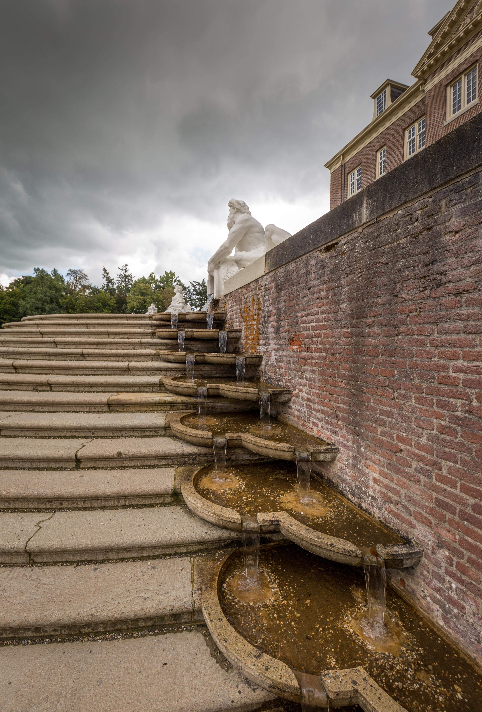 Verwonderend File:Paleis Het Loo, detail van de trap naar de tuin.jpg VS-27