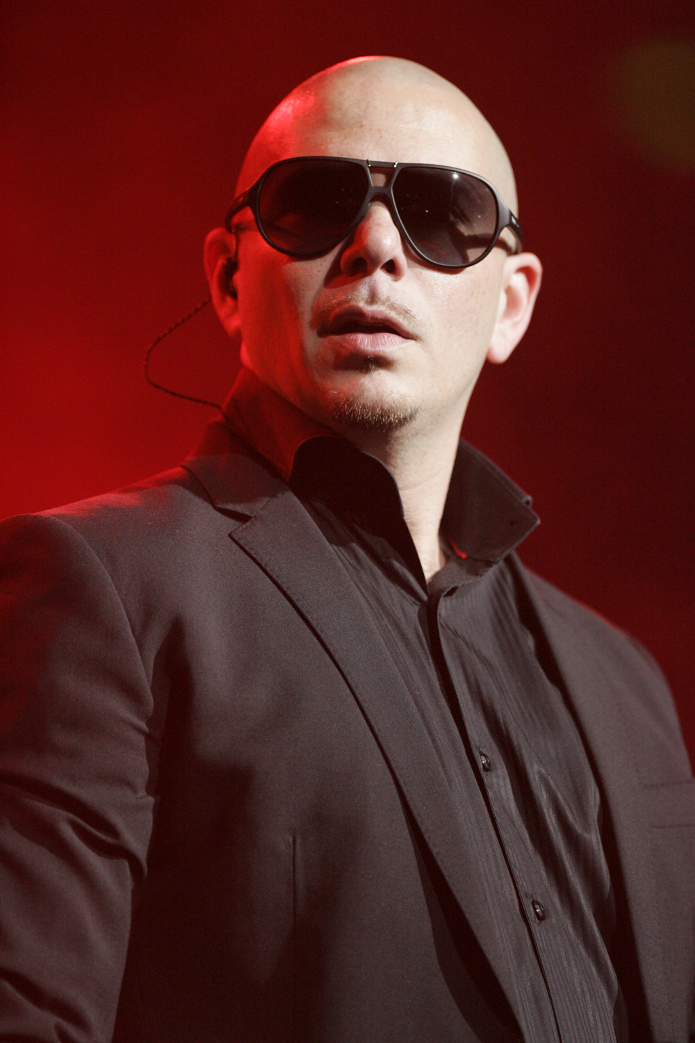The 39-year old son of father (?) and mother Alysha Acosta Pitbull in 2020 photo. Pitbull earned a unknown million dollar salary - leaving the net worth at 50 million in 2020