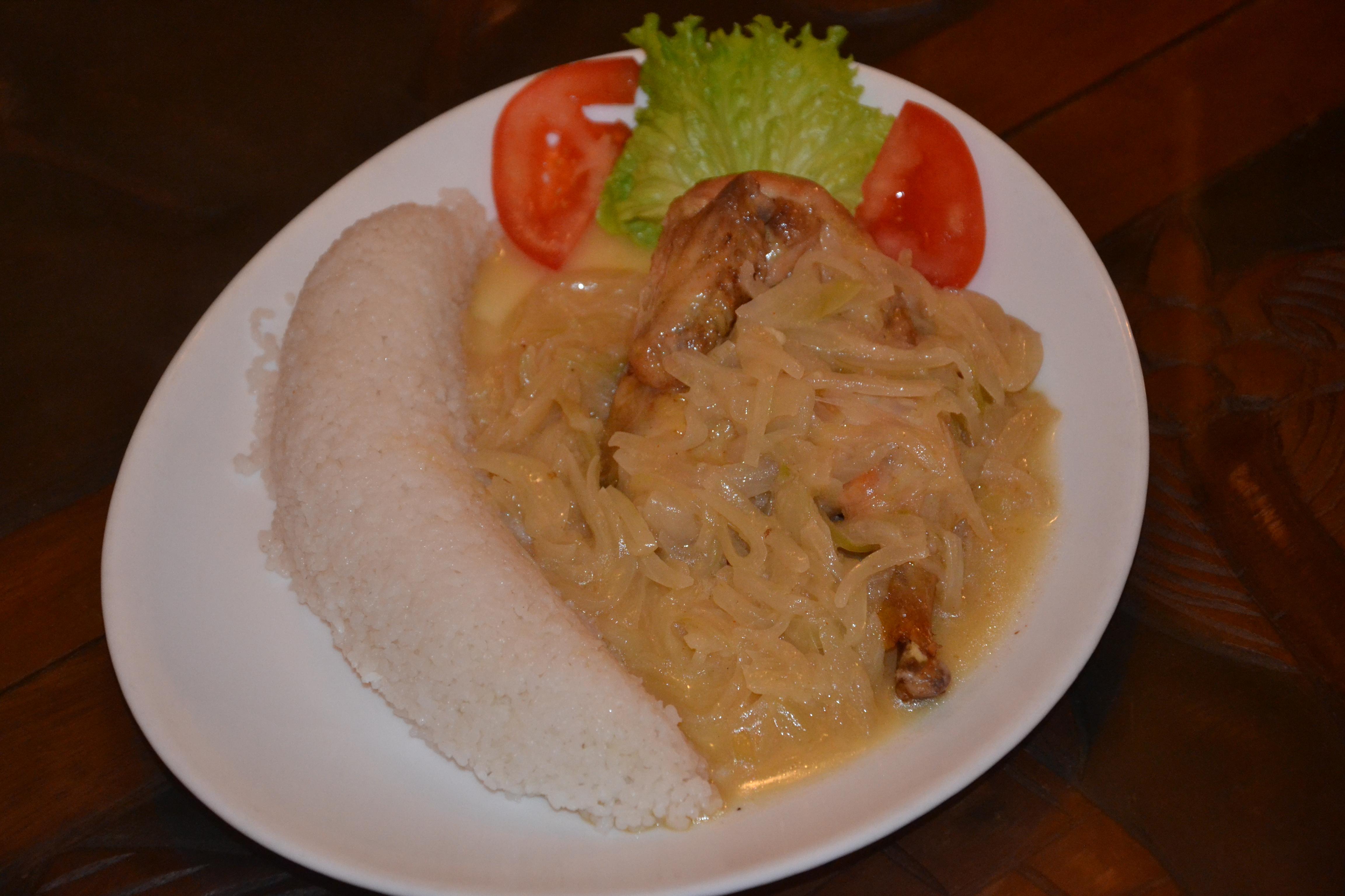 File Poulet Yassa A La Banane Ivoirienne Restaurant Africain Jpg