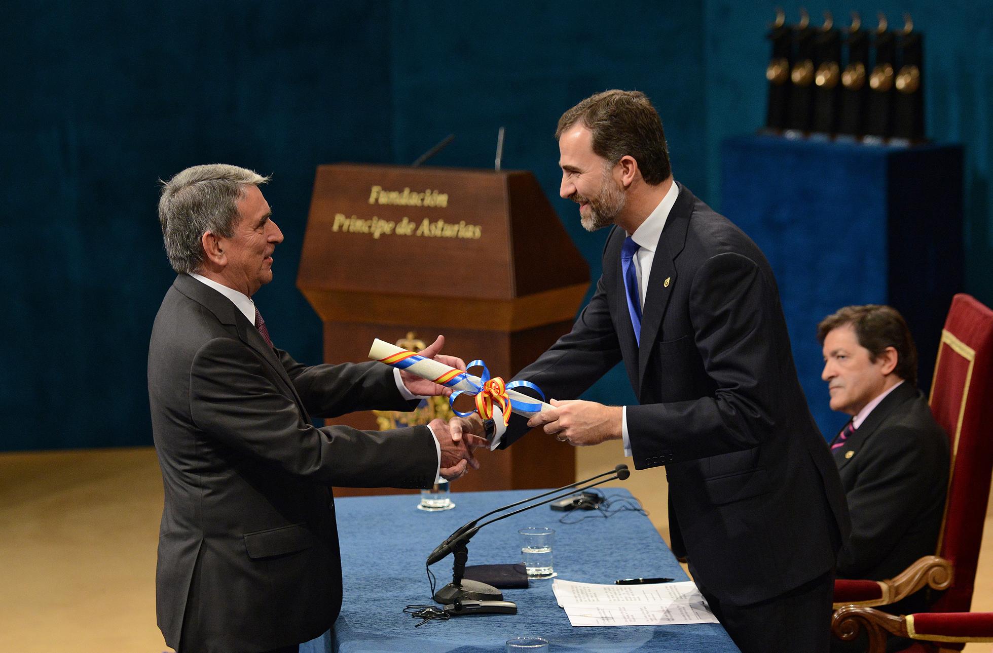 Archivo:Premio Principe de Asturias 2012.jpg - Wikipedia, la enciclopedia  libre