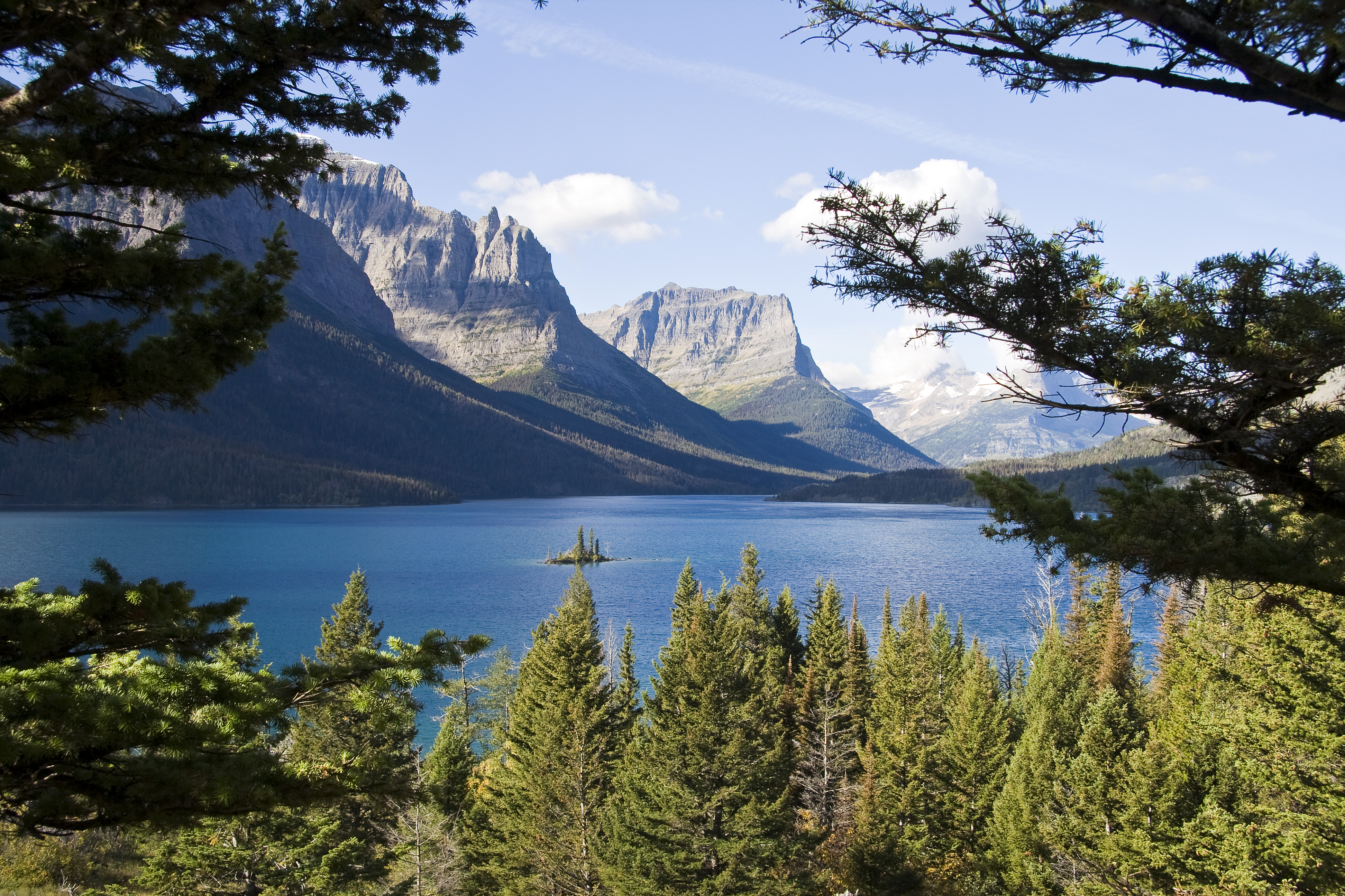 east glacier park single women East glacier park is the perfect place to begin a western montana adventure as  one of the gateways to glacier national park, this community is authentically.