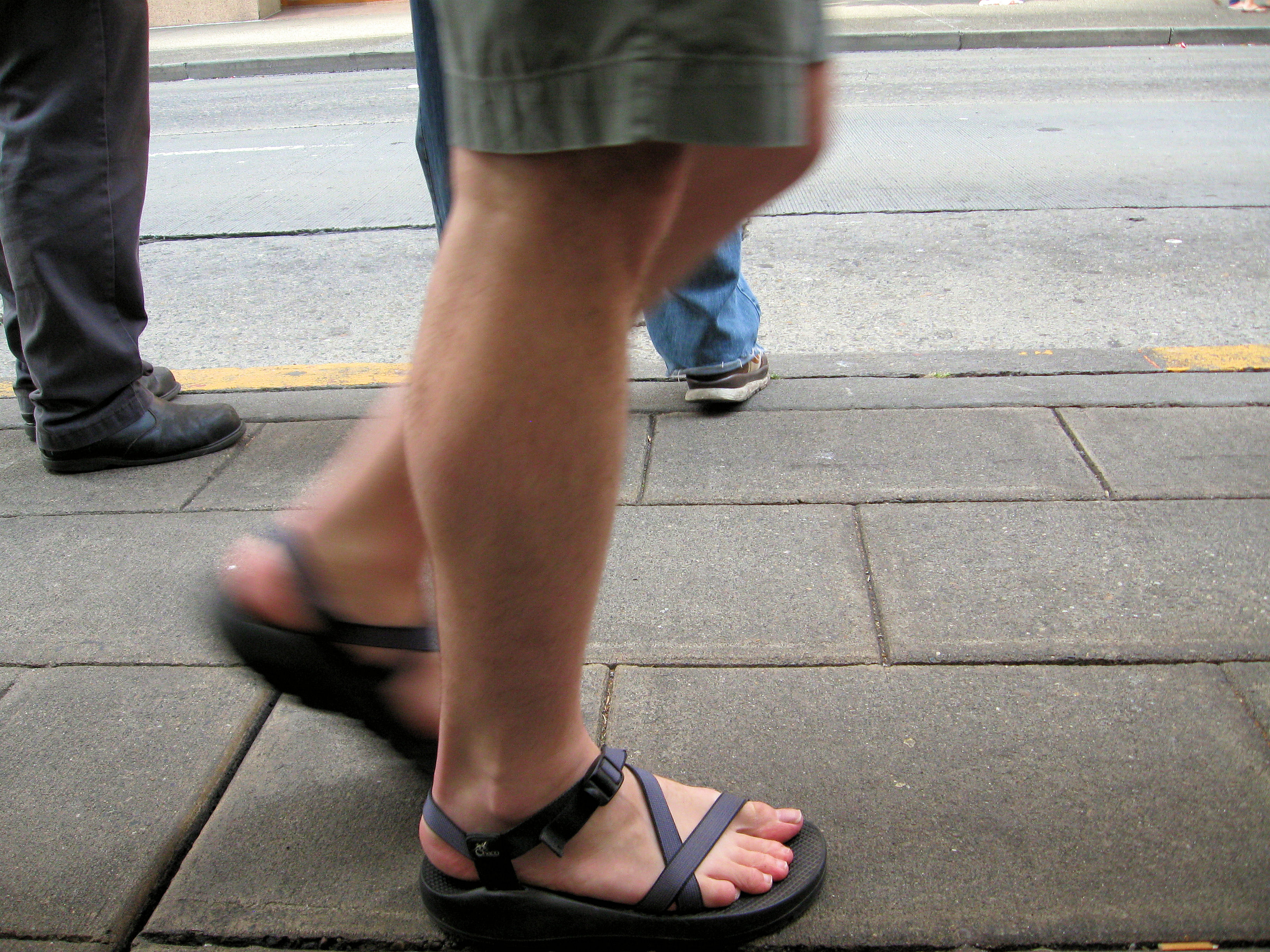 Walking Shoes Vs Walkin Boot Broken Toe