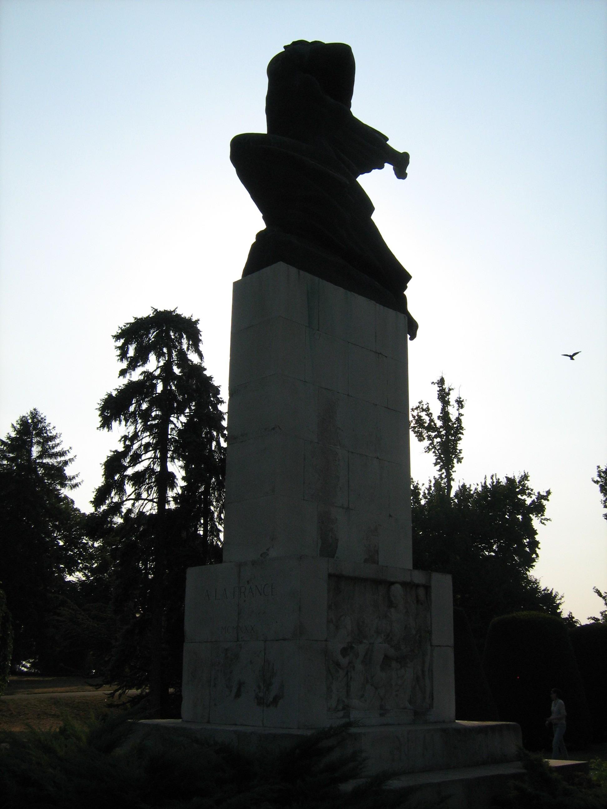 File Spomenik Zahvalnosti Francuskoj 3 Jpg Wikimedia Commons
