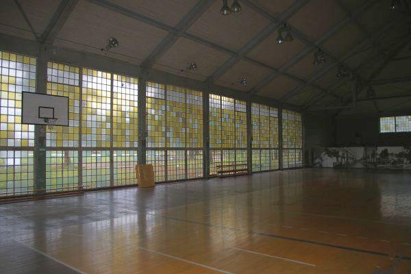 File:Sporthalle-Elstal-2007.jpg
