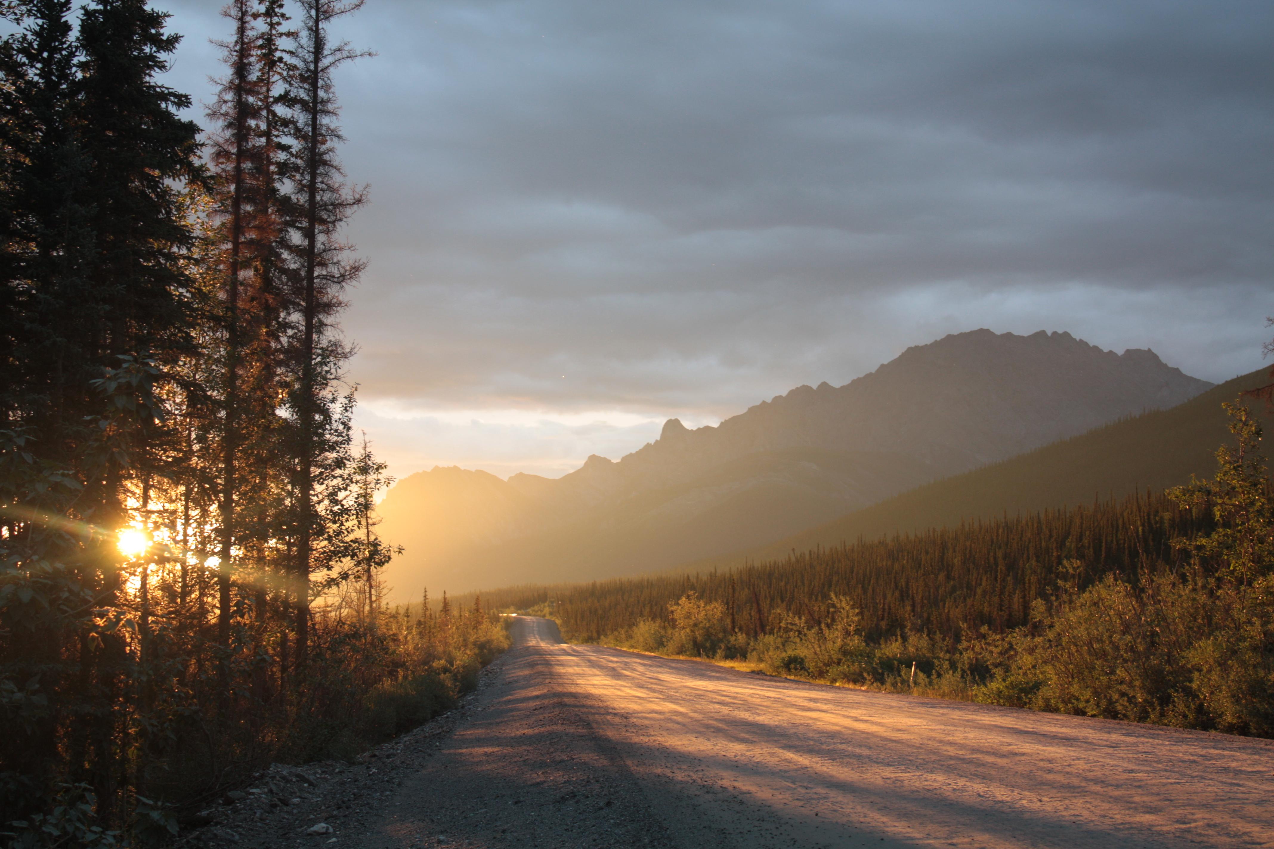 File Sunrise On The Dalton In Alaska Jpg Wikimedia Commons