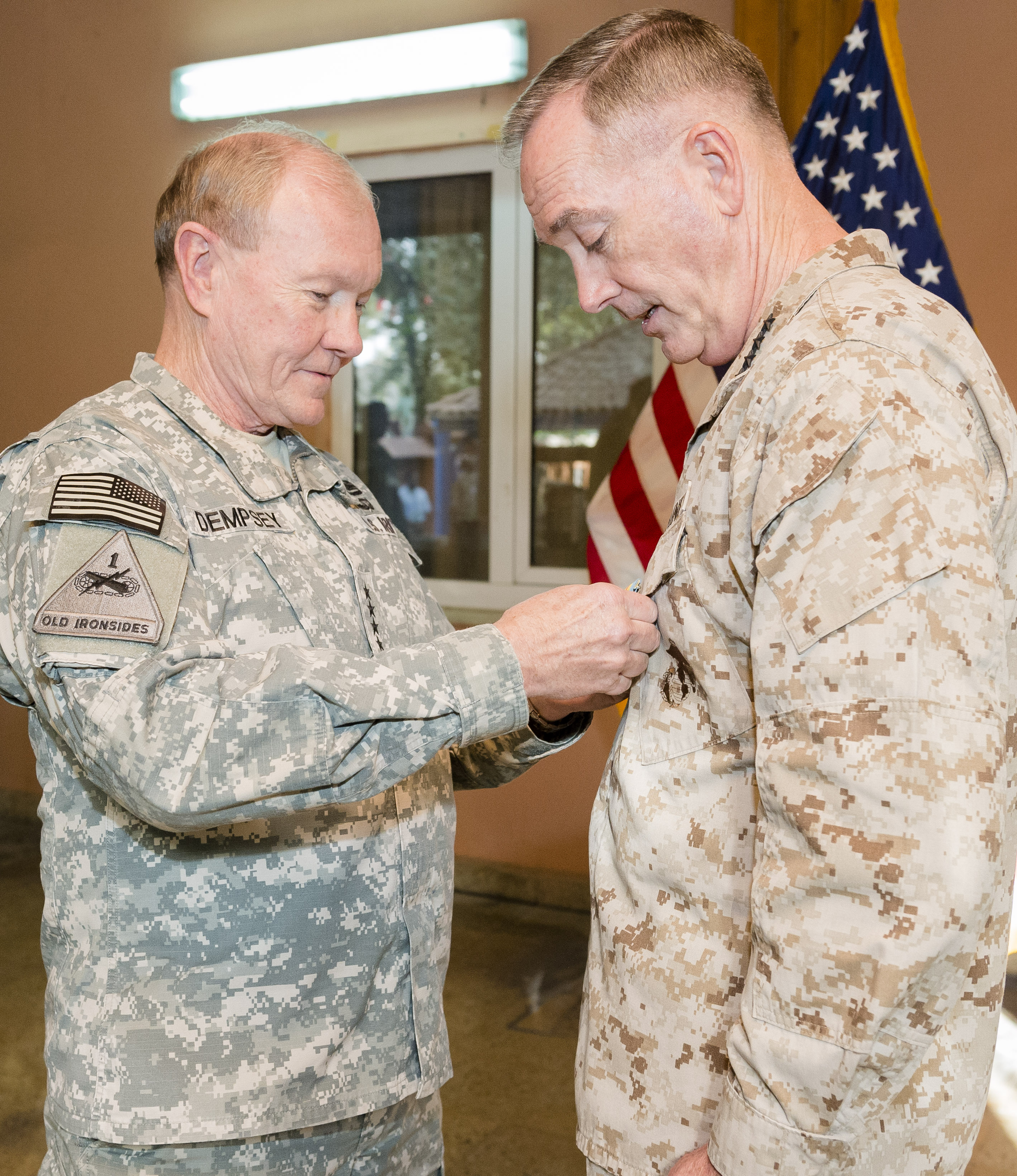 File:U S  Army Gen  Martin E  Dempsey, left, the chairman of
