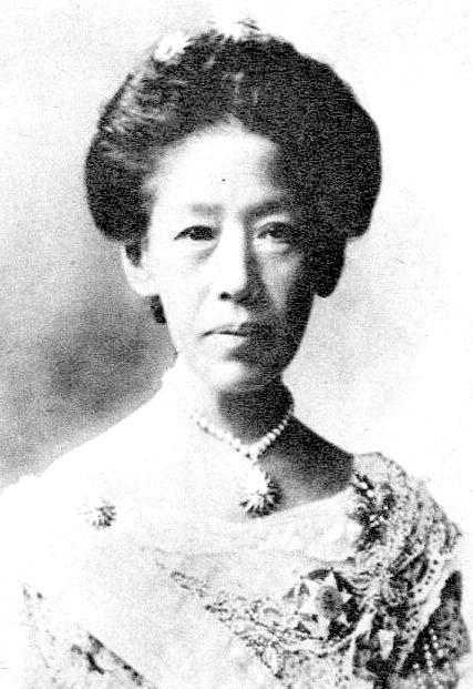戸田 極子