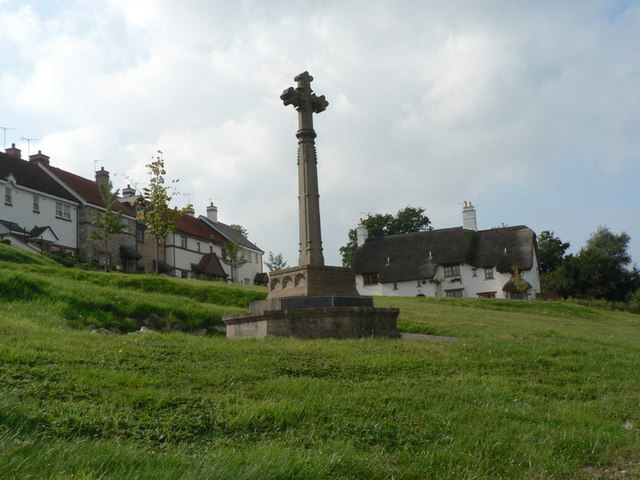 Uplyme, war memorial - geograph.org.uk - 983305