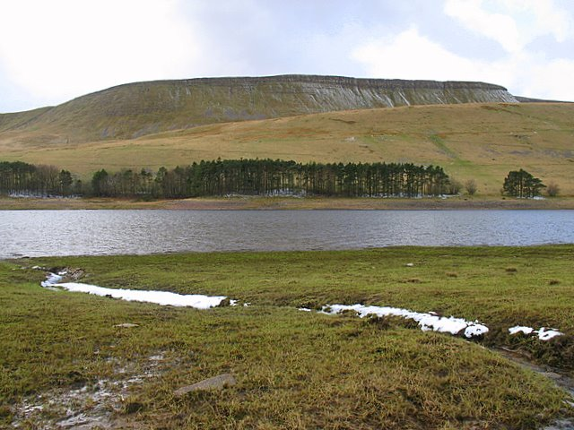 Upper Neuadd Reservoir - geograph.org.uk - 753955