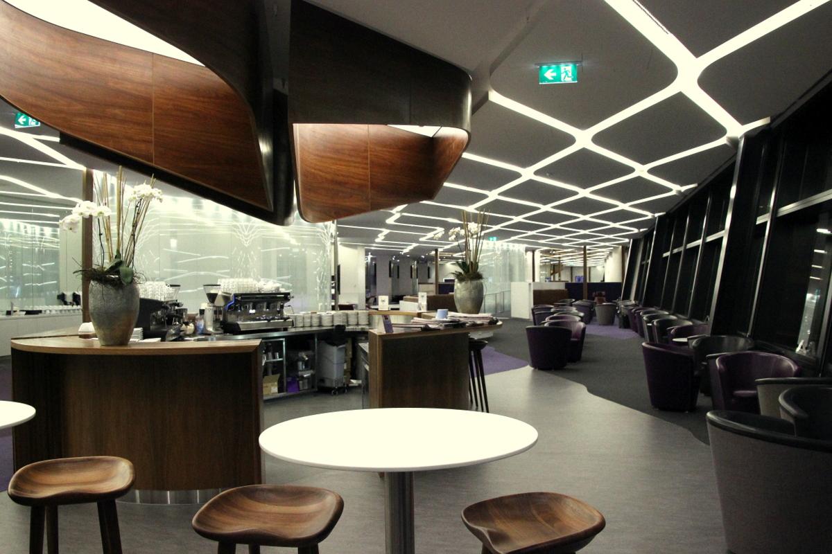 File:Virgin Australia lounge Melbourne Airport.JPG - Wikimedia Commons