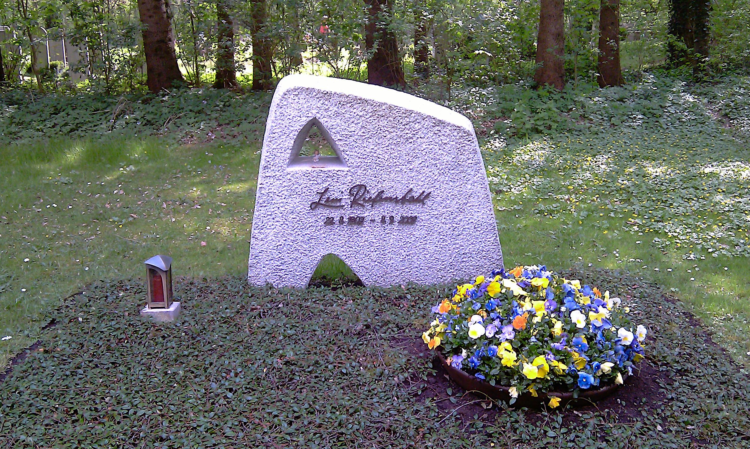 Grab von Leni Riefenstahl