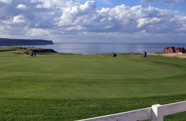 Whitby Golf Course - geograph.org.uk - 911149