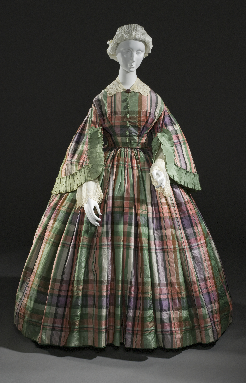 Relatively File:Woman's plaid silk taffeta dress c. 1855.jpg - Wikimedia Commons YN15
