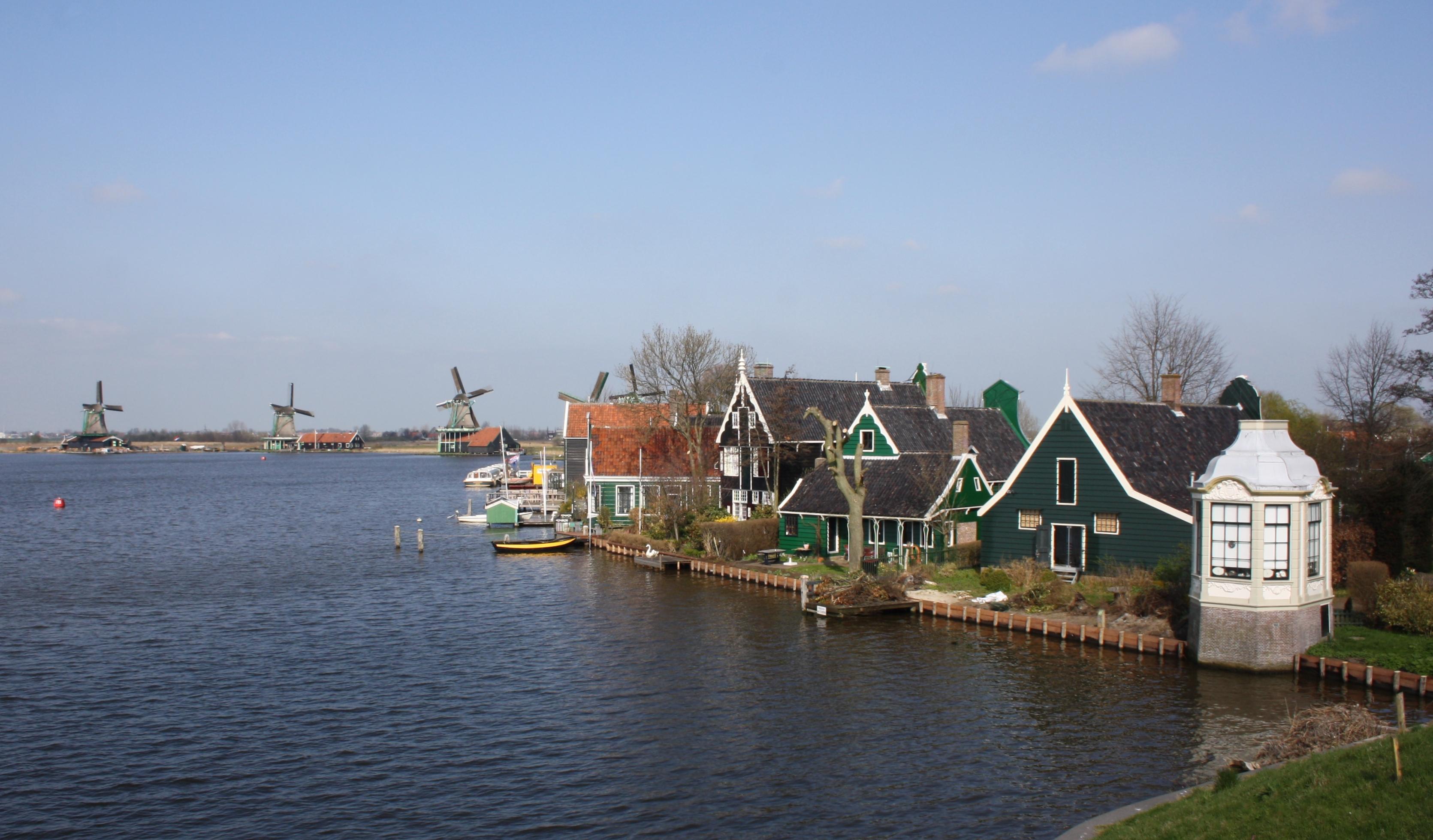 File zaanse schans netherlands 2012 8 jpg wikimedia for Amsterdam b b centro