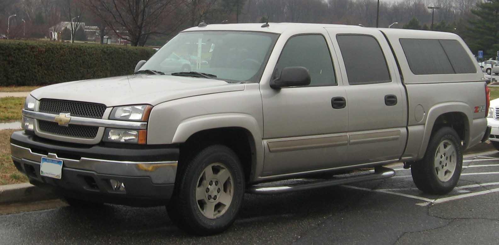 File:03-05 Chevrolet Silverado crew cab.jpg - Wikimedia Commons