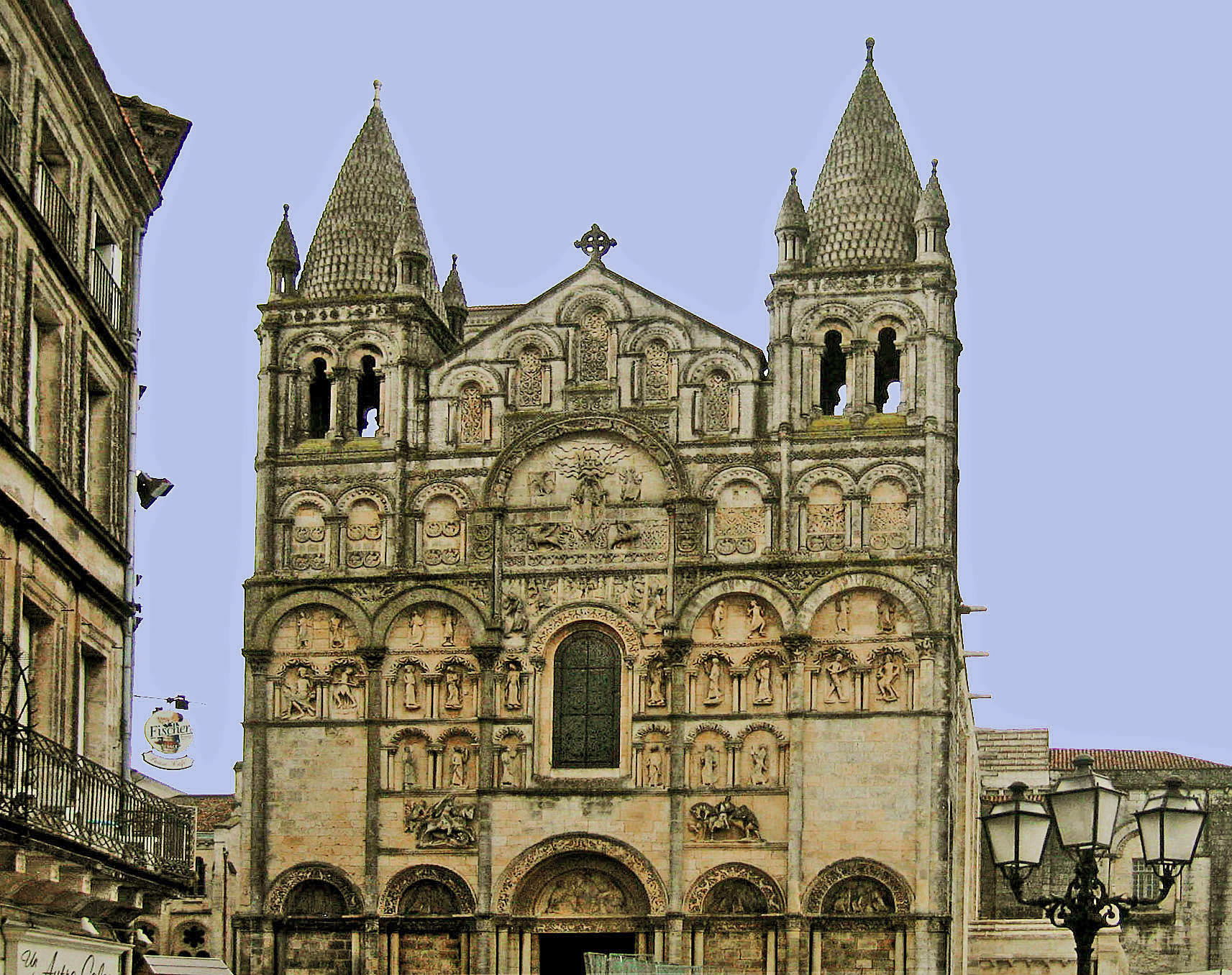 Angouleme cath drale arts et voyages for Plan angouleme 16