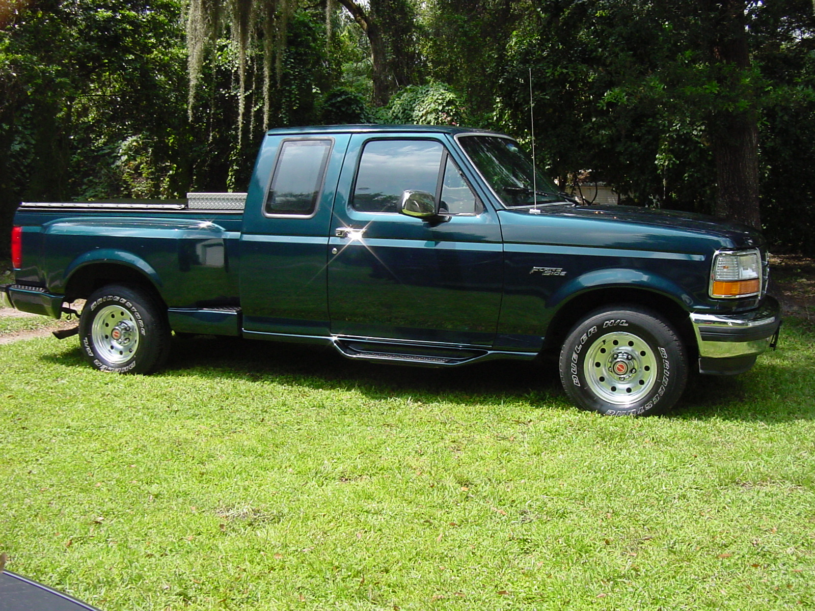 Description 1994 Ford F-150 Flareside.JPG