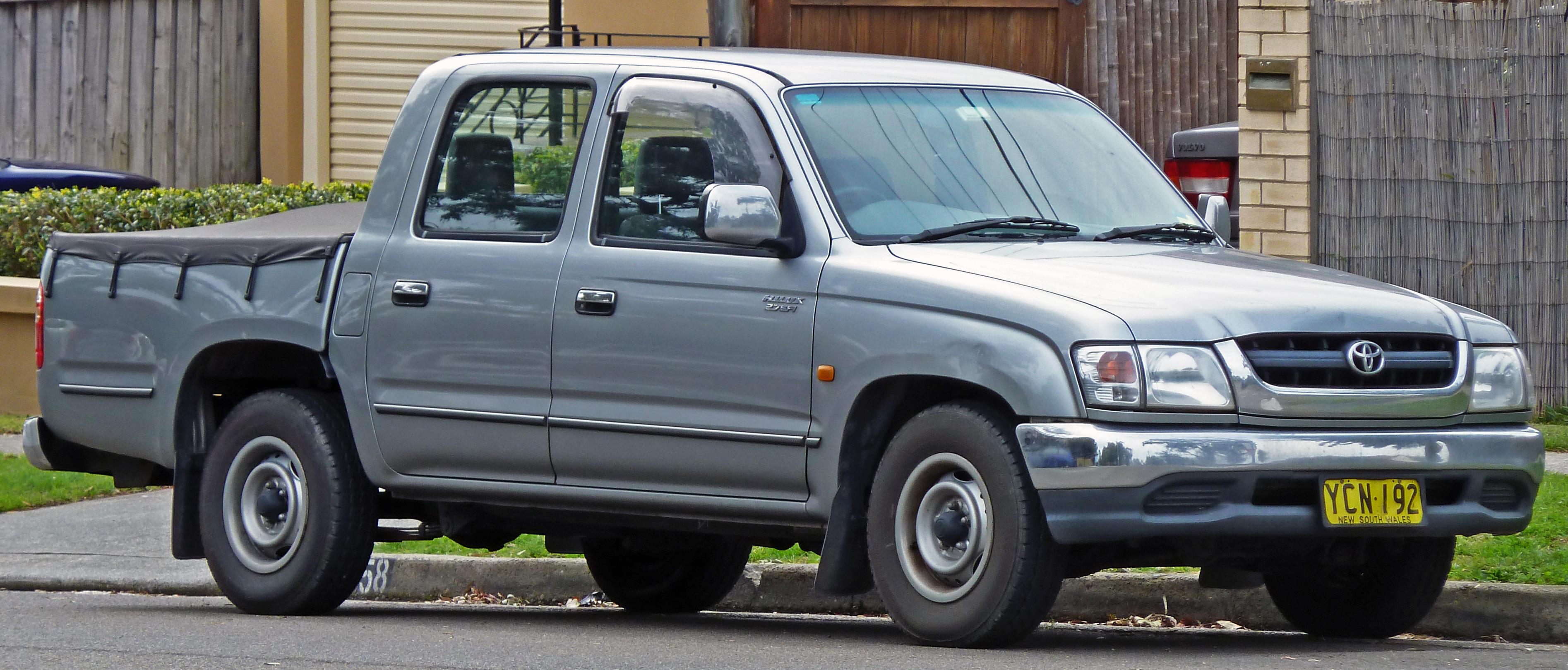 File 2001 2004 Toyota Hilux Rzn149r My02 Sr5 4 Door