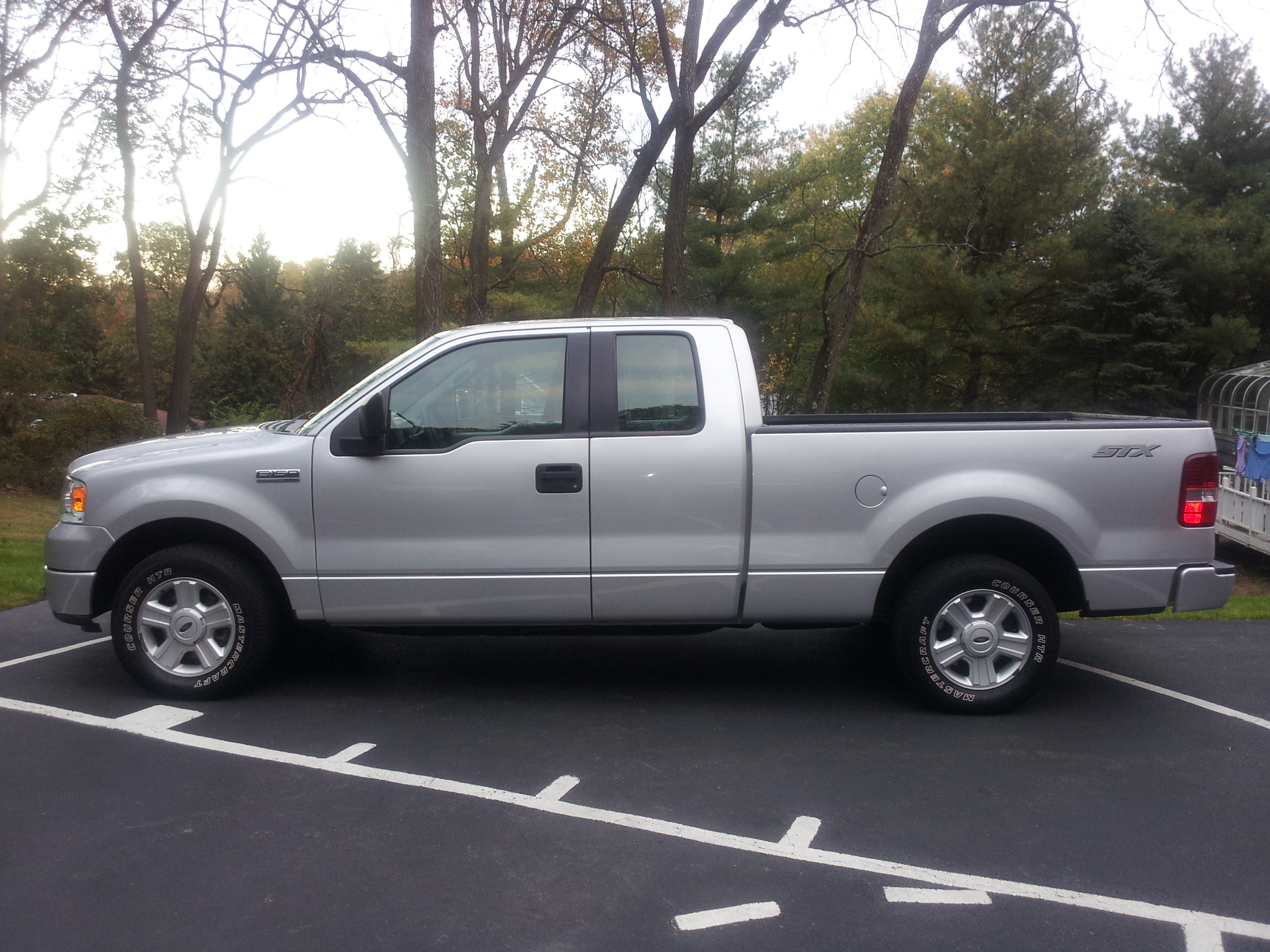 Description 2005 Ford F150 STX.jpg