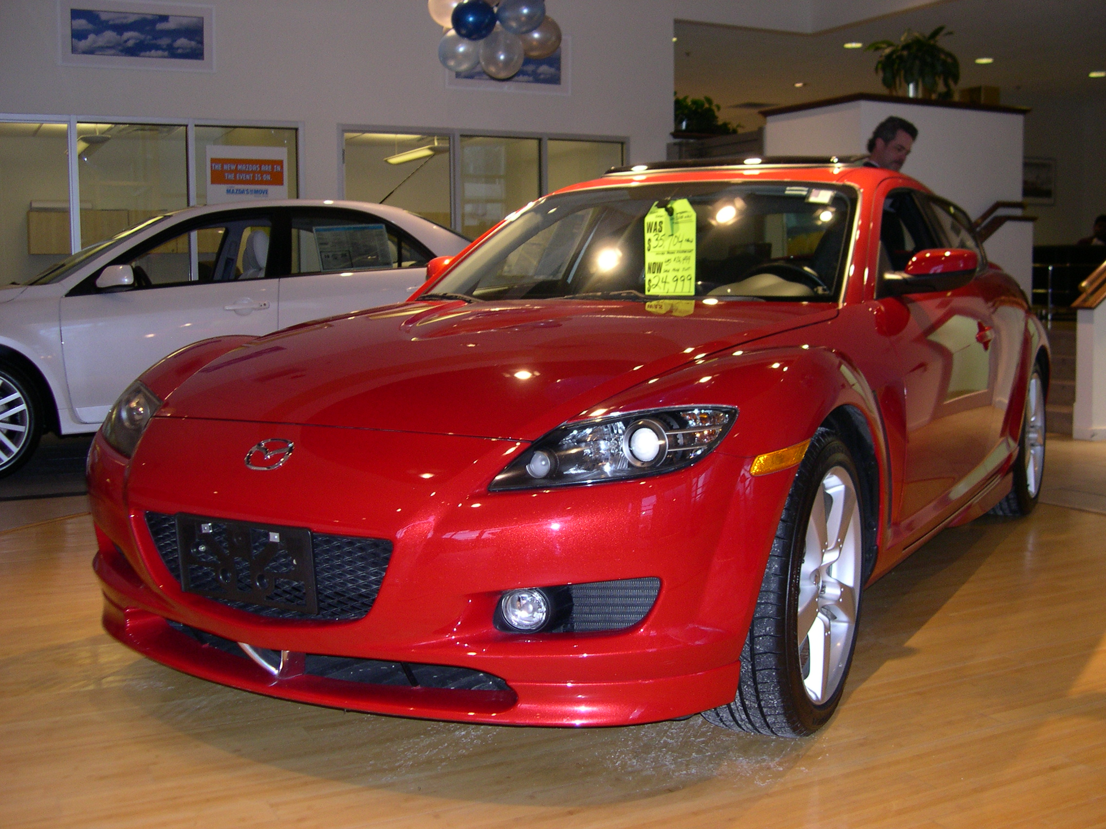 file 2005 mazda rx 8 front jpg wikimedia commons. Black Bedroom Furniture Sets. Home Design Ideas