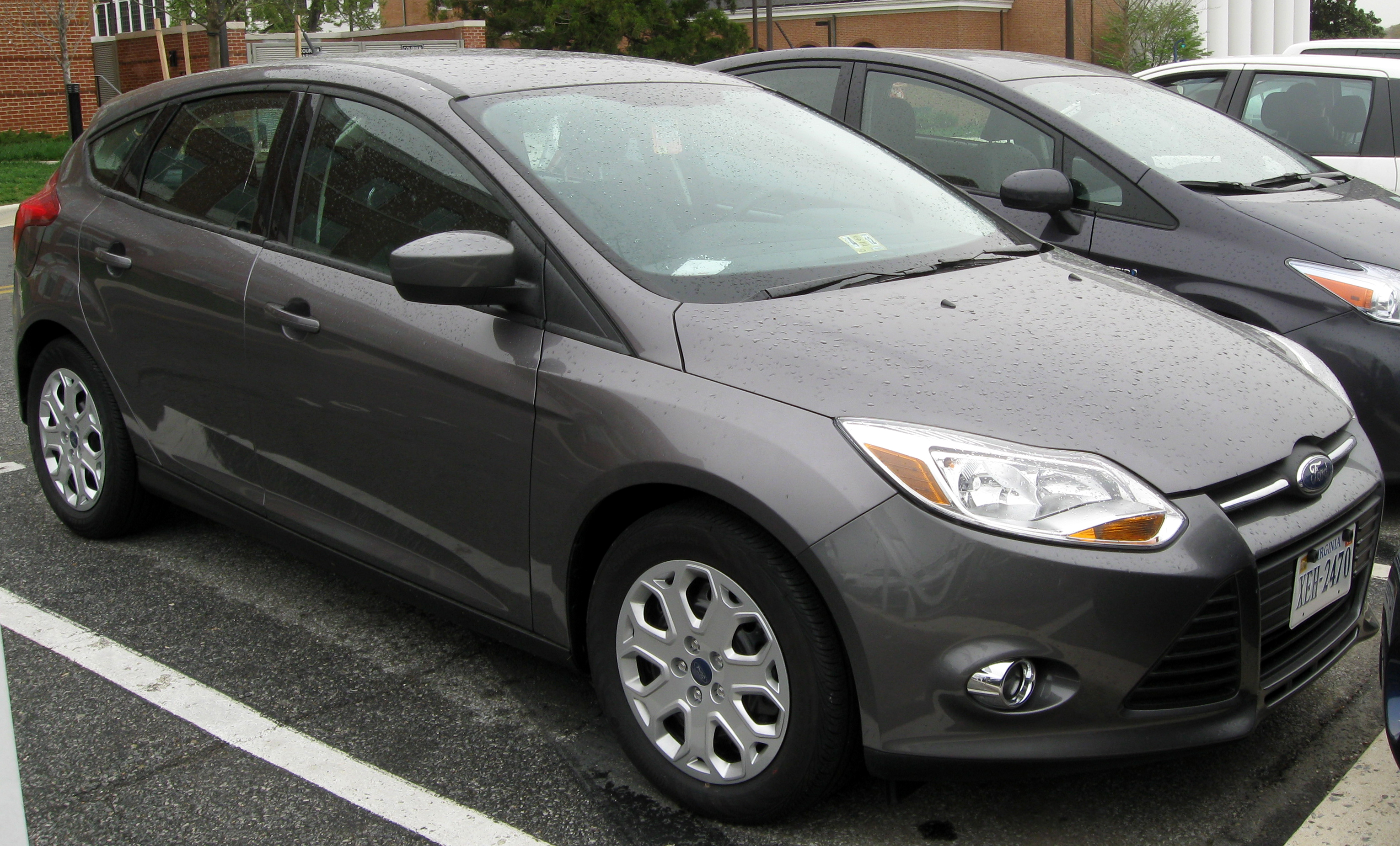 2011 ford focus gray 200 interior and exterior images. Black Bedroom Furniture Sets. Home Design Ideas