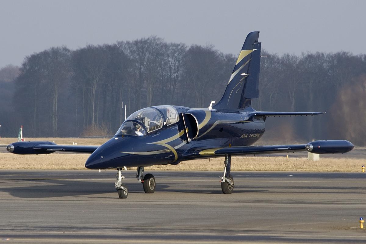 File Aero L 39c Albatros Breitling Apache Jet Team