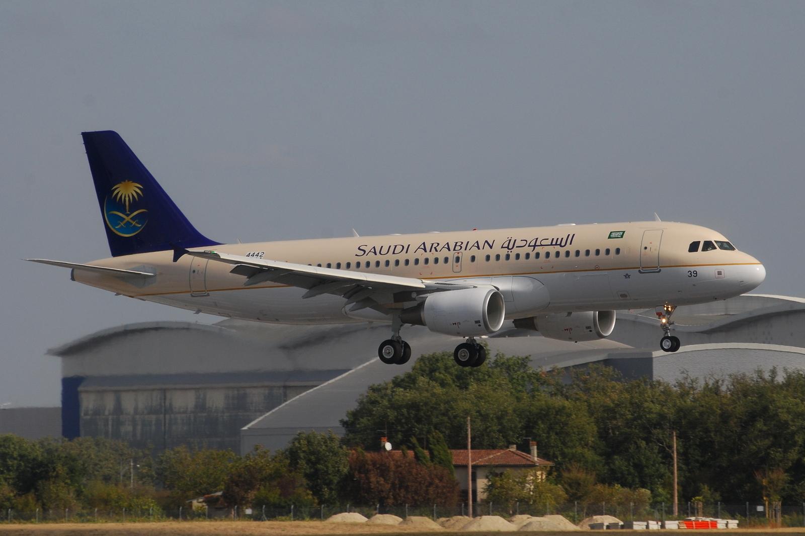 Saudi Airlines Airbus A320 File:airbus A320-200 Saudi