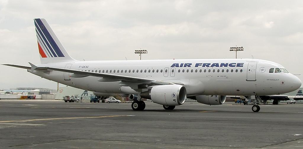 File airbus a320 214 air france wikimedia for Airbus a320 air france interieur