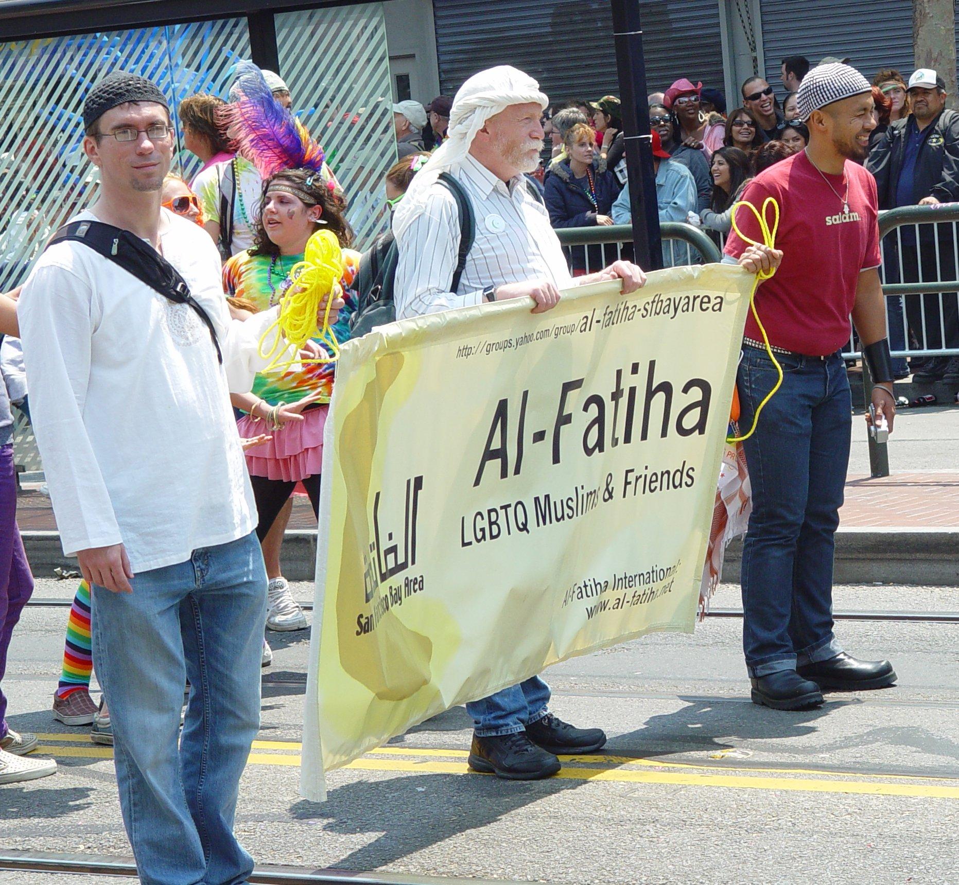 File:Al-Fatiha Muslim Gays - Gay Parade 2008 in San Francisco (2626954534