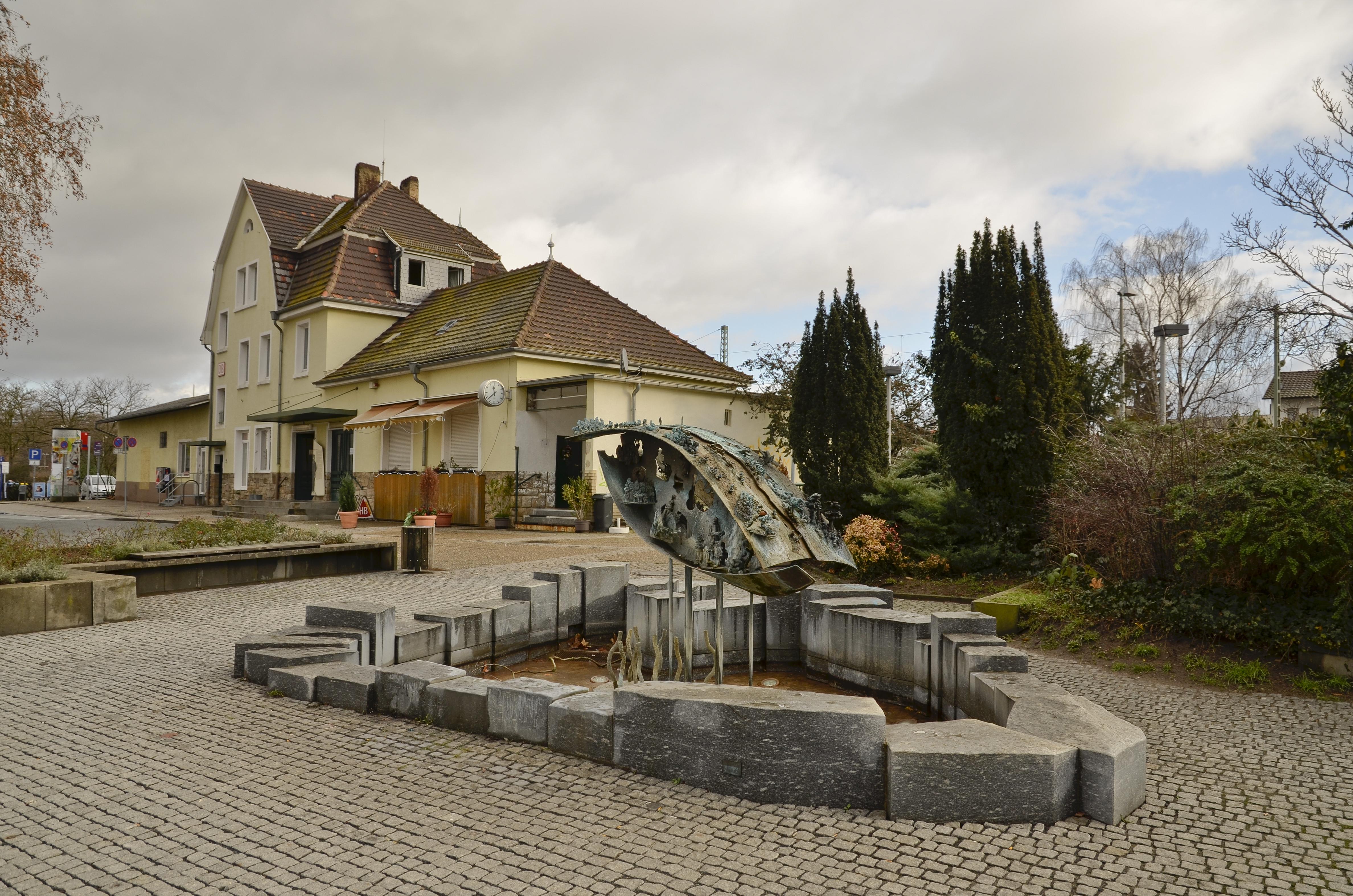 Morfelden-Walldorf Germany  City pictures : Bahnhof Walldorf Mörfelden Walldorf 01 Wikimedia ...