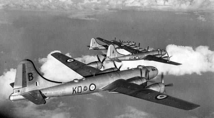 B29 Boeing_Washington_heavy_bombers_-_1951