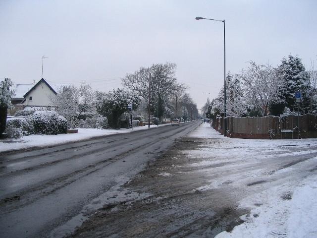 Broad Lane in snow - geograph.org.uk - 1148751